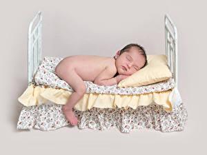 Картинки Цветной фон Младенцы Кровате Спящий