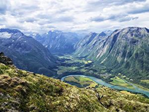 Фотография Норвегия Гора Реки Пейзаж Мха Romsdalseggen Ridge Valley Природа