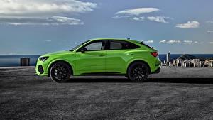 Фото Ауди Сбоку Зеленая Металлик CUV Sportback, 2020, RS Q3 авто