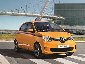 Картинки Renault Желтый Металлик 2019 Twingo Worldwide Автомобили
