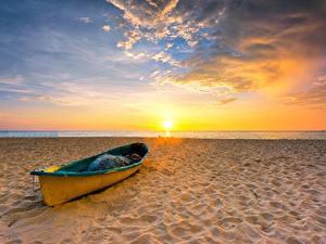 Фотография Небо Лодки Рассвет и закат Солнца Пляже