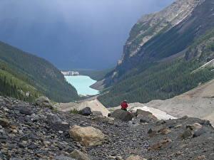 Картинка Канада Озеро Камень Горы Парки Банф Утес Путешественник lake Louise, Rocky Mountains, Alberta