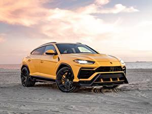 Картинки Lamborghini Песка Желтая Металлик CUV Vorsteiner, Urus, 2019