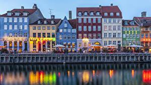Фотография Дания Копенгаген Дома Вечер Водный канал Улица Кафе Набережная