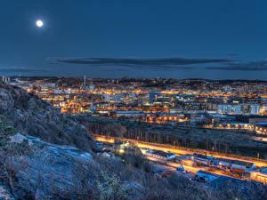 Картинки Швеция Здания Луна Ночь Gothenburg