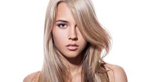 Картинки Красивый Волосы Лицо Смотрит Белом фоне Русые девушка