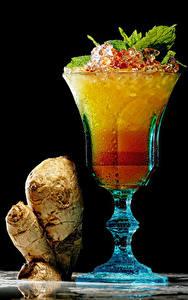 Обои Напитки Коктейль Черный фон Бокалы Пища