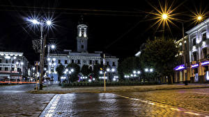 Обои Украина Дома В ночи Уличные фонари Улица Chernivtsi Chernivtsi Oblast Города