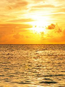 Картинка Мальдивы Море Рассветы и закаты Небо