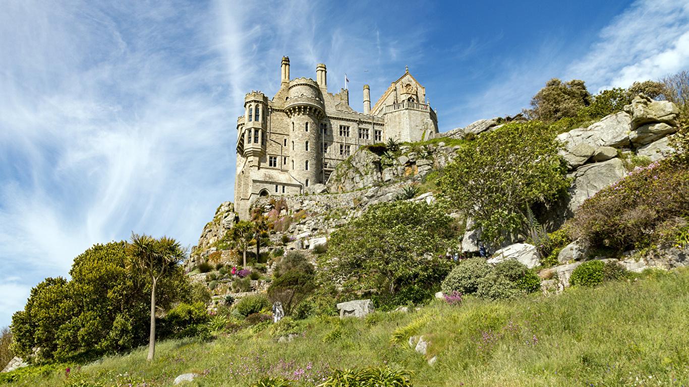 Обои для рабочего стола Франция St Michael's Mount Замки траве город 1366x768 замок Трава Города