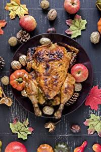 Картинки Осенние Курица запеченная Яблоки Листва