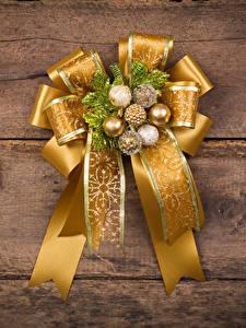 Картинка Новый год Доски Шарики Бантик Дизайна Золотой