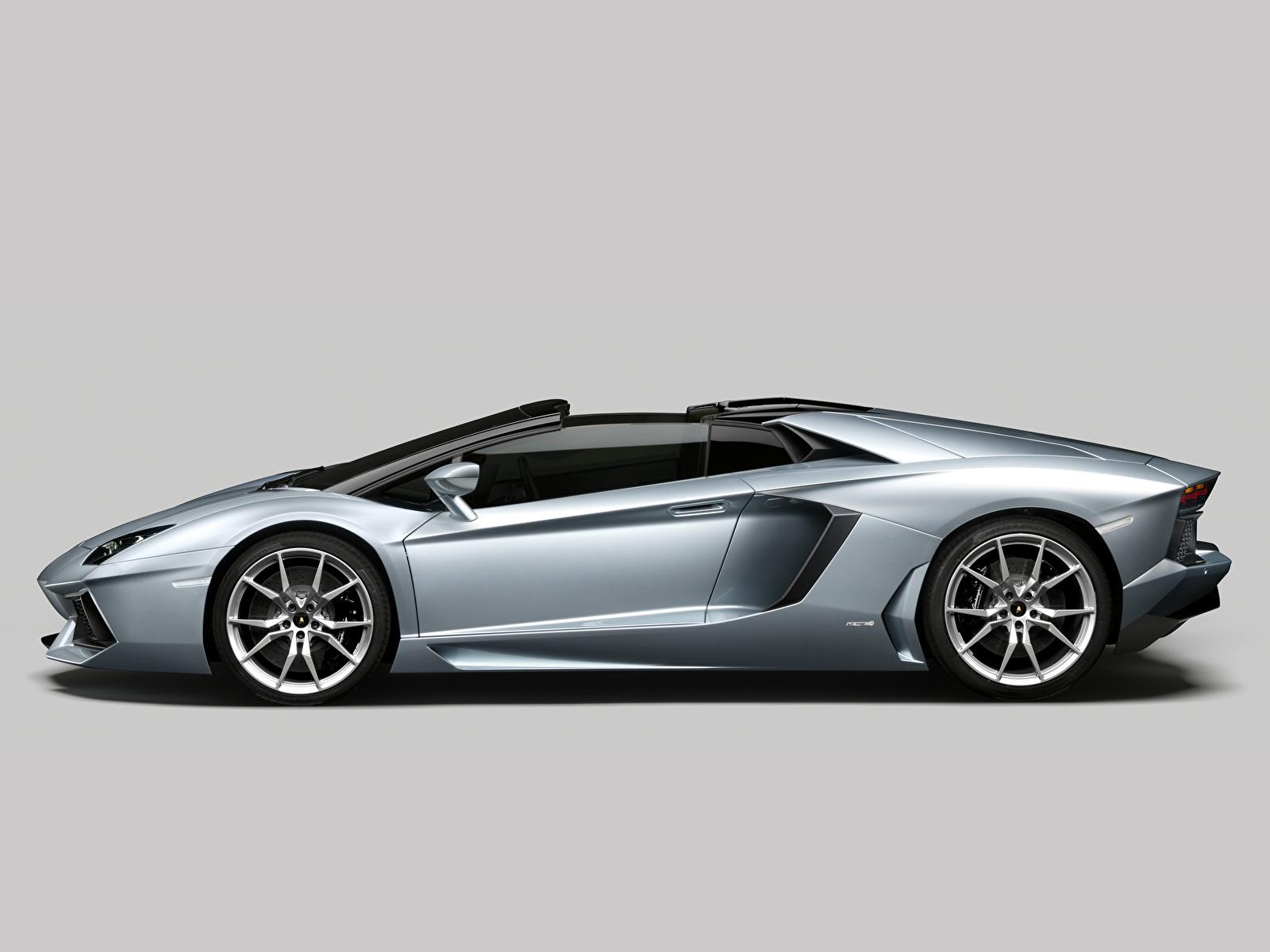 Картинка Lamborghini Aventador Roadster Родстер Роскошные авто 1600x1200 Ламборгини дорогие дорогой дорогая люксовые роскошная роскошный машина машины автомобиль Автомобили