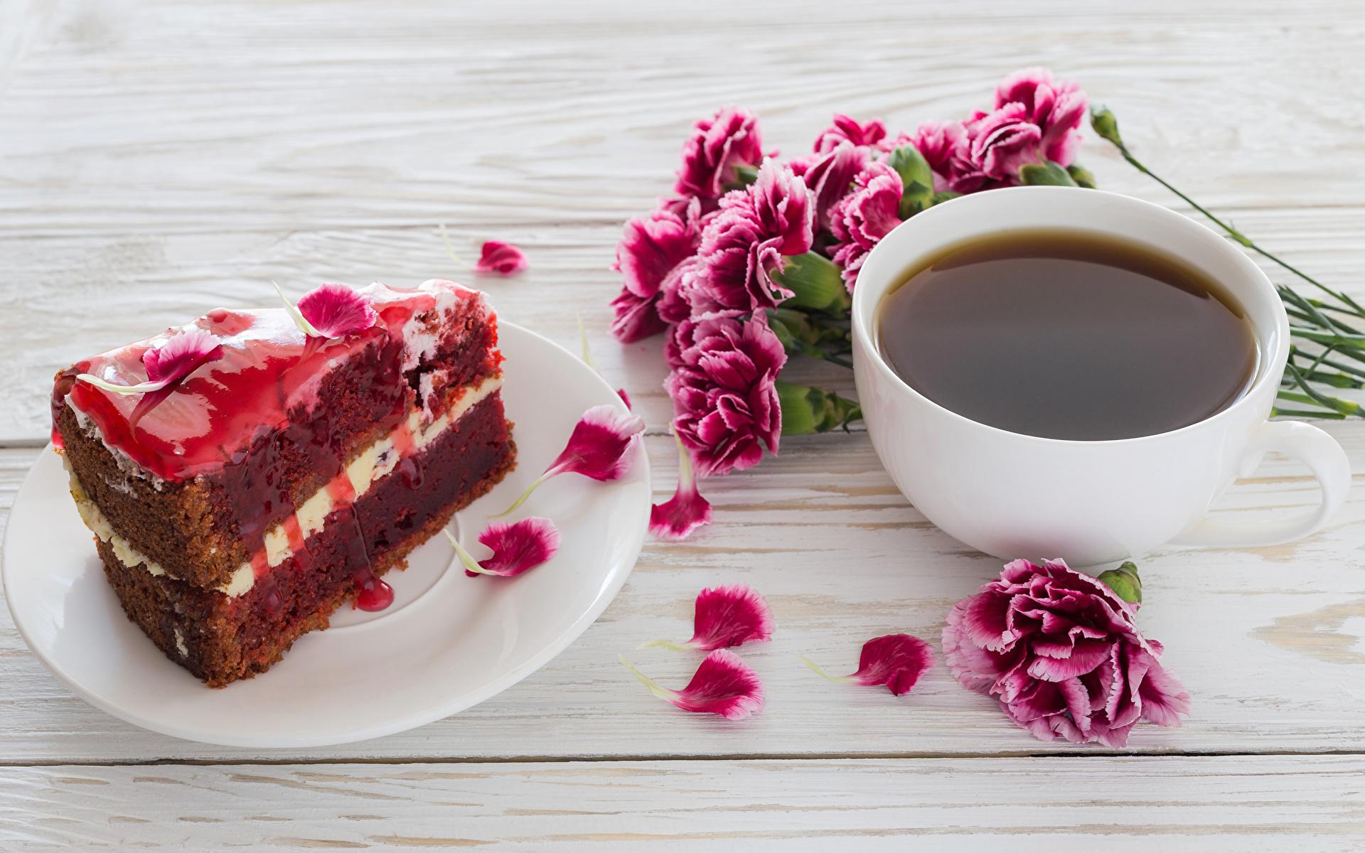 Фотография Кофе Торты Лепестки Кусок Гвоздики Еда Чашка Доски 1920x1200 часть Пища Продукты питания