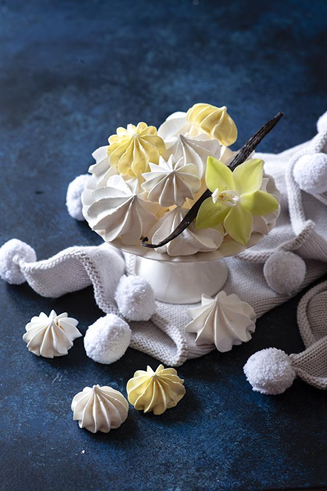 Фото Орхидеи Еда Сладости 640x960 для мобильного телефона орхидея Пища Продукты питания сладкая еда