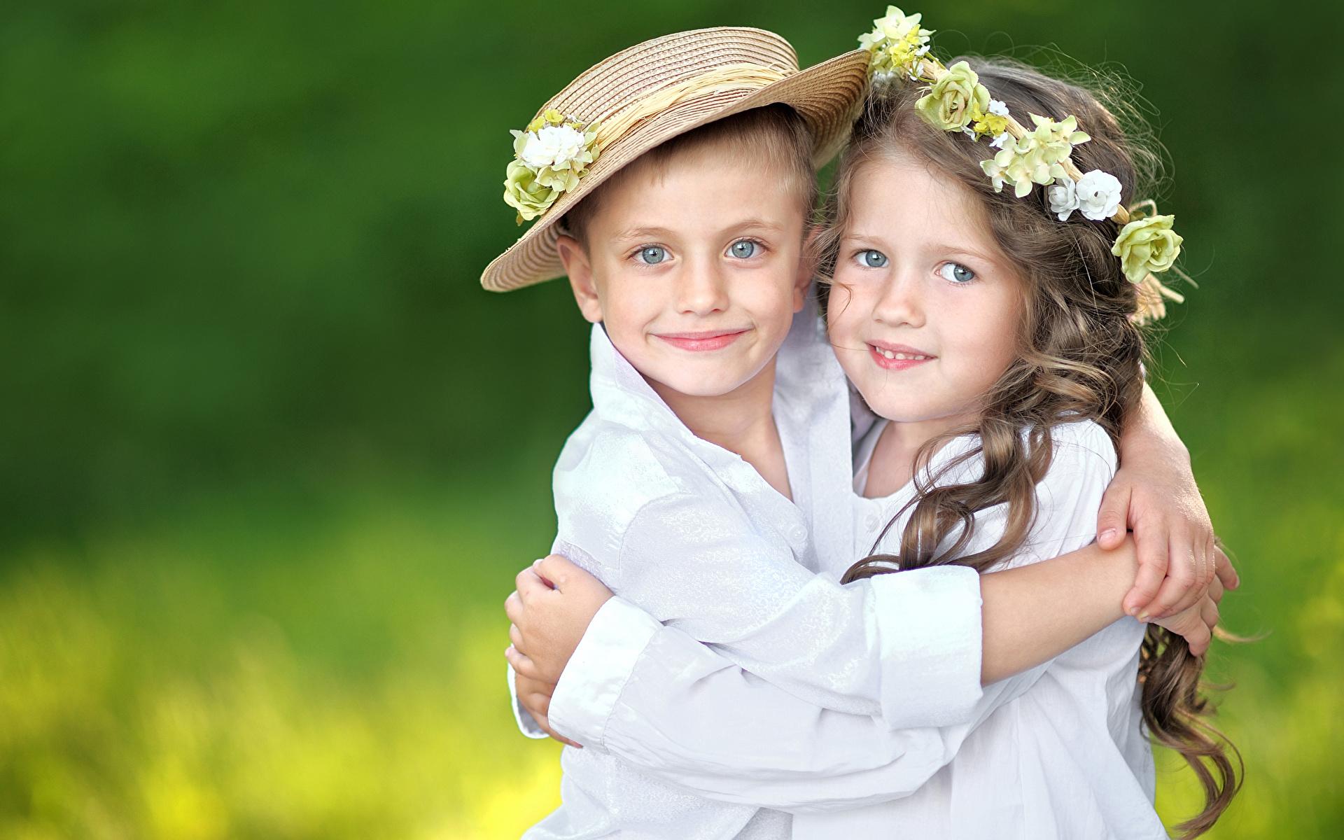Фото мальчика и девушка, Boy And Girl Love Фото со стоков и изображения 20 фотография
