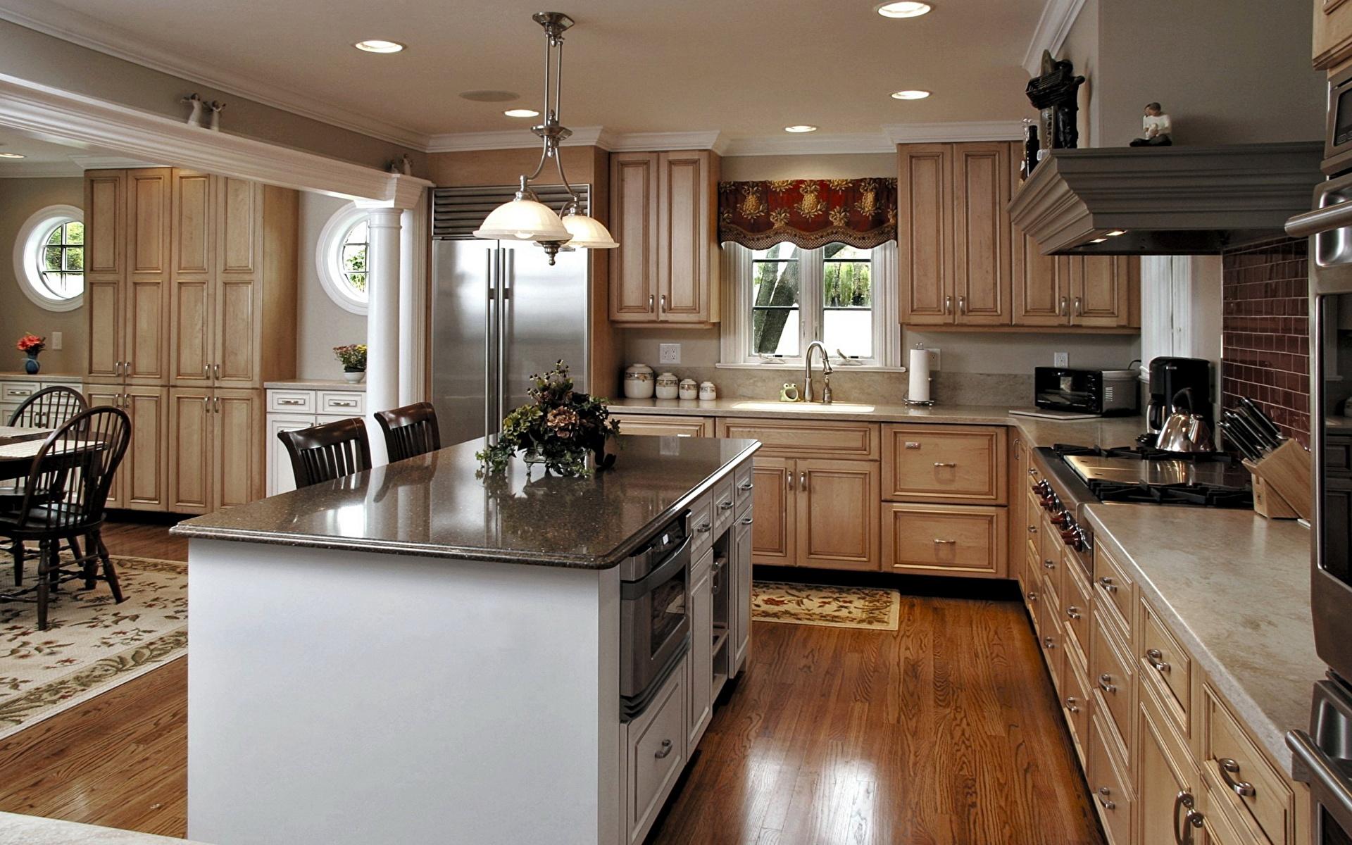 реализуем красивые потолки на кухне в частном доме Высокий