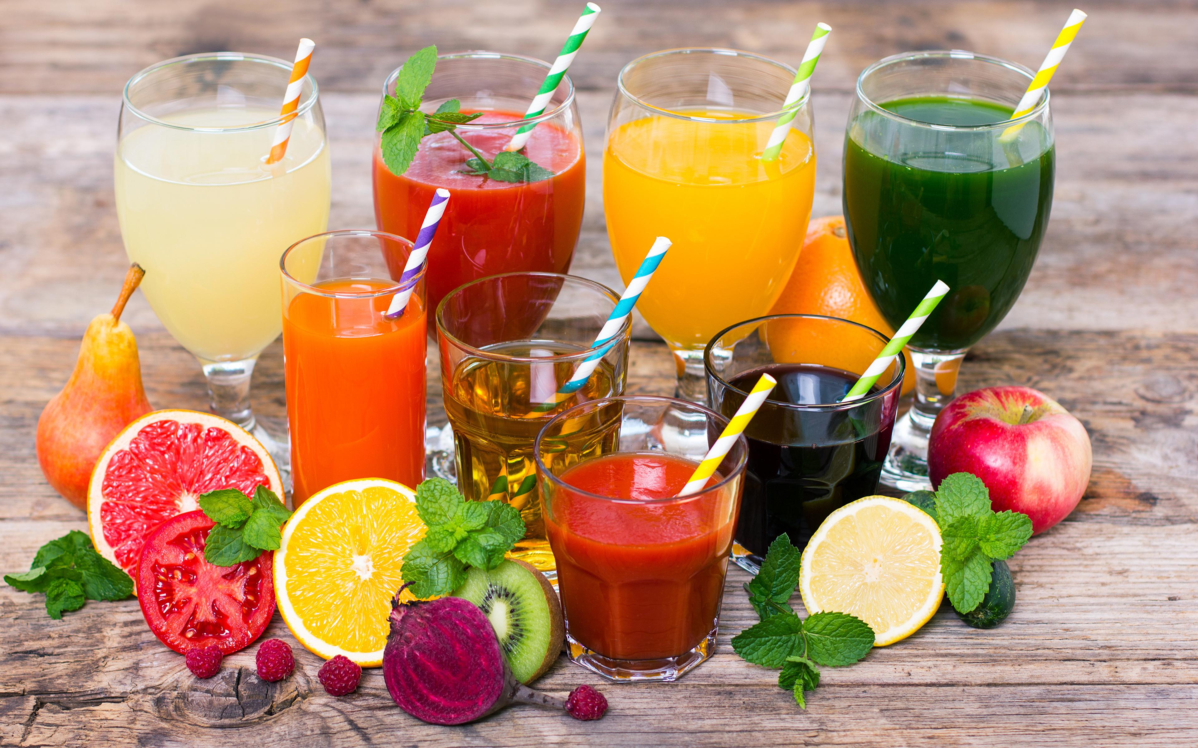 Фотография Сок Яблоки стакана Еда Овощи Фрукты Бокалы Доски Напитки 3840x2400 Стакан стакане Пища бокал Продукты питания напиток
