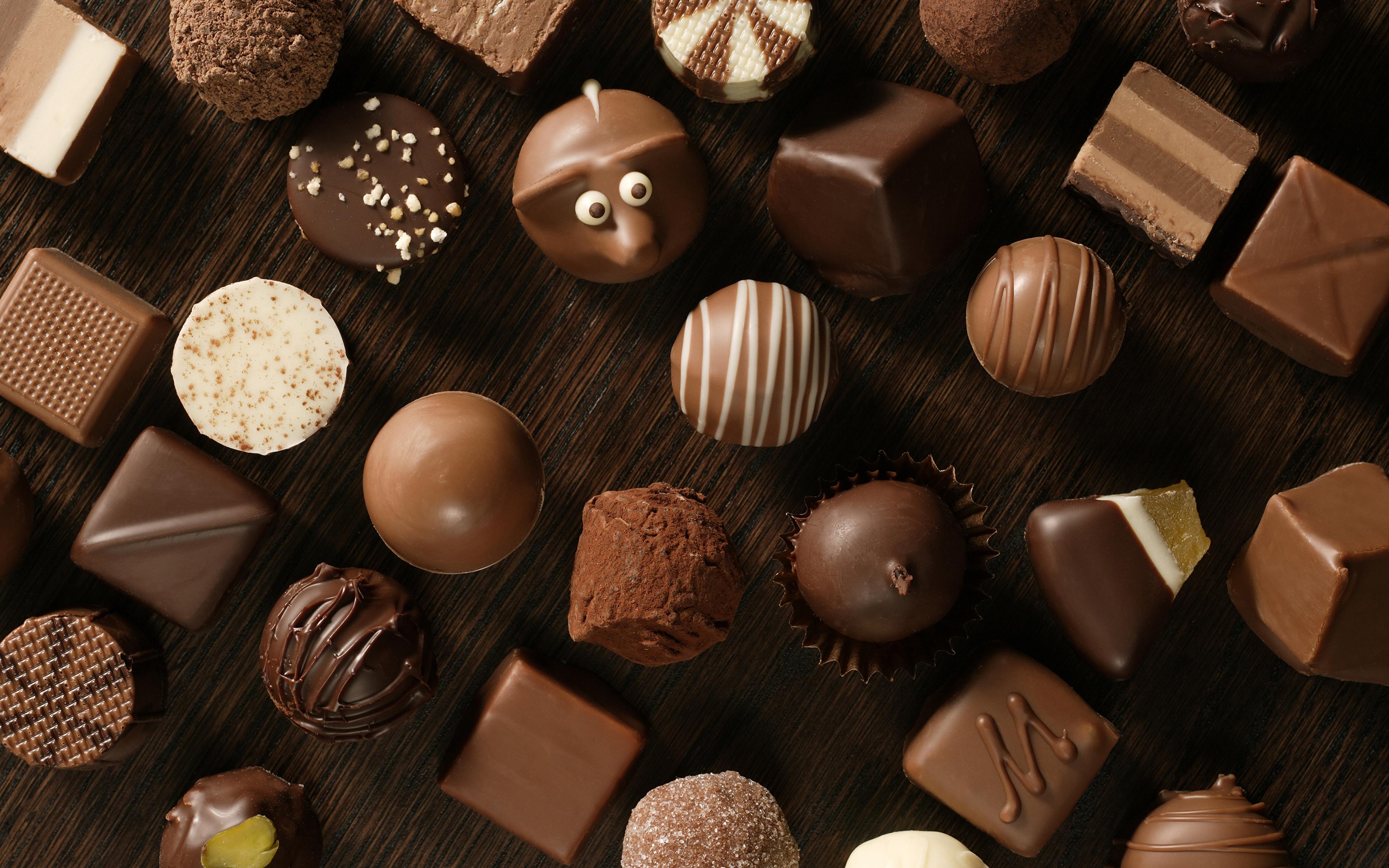 Картинка Шоколад Конфеты Еда сладкая еда 3840x2400 Пища Продукты питания Сладости