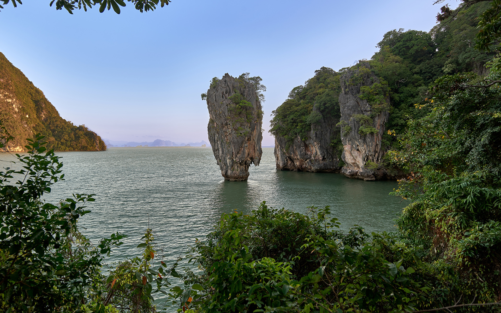 Фотография Таиланд Khao Phing Kan скале Природа Парки Залив 1920x1200 Утес Скала скалы парк залива заливы