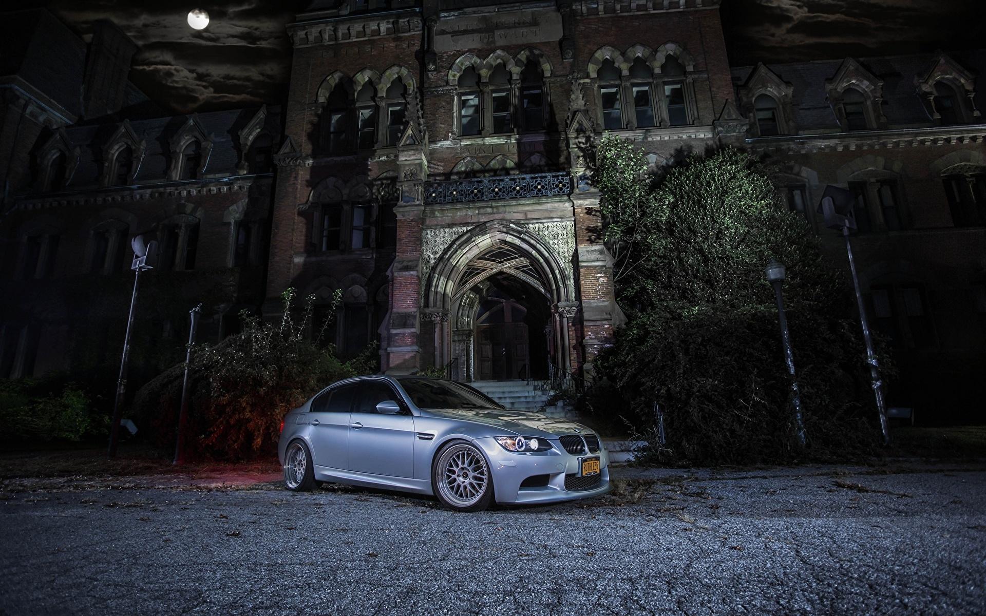 Фотография BMW m3 e90 Ночь машина 1920x1200 БМВ авто ночью в ночи Ночные машины Автомобили автомобиль