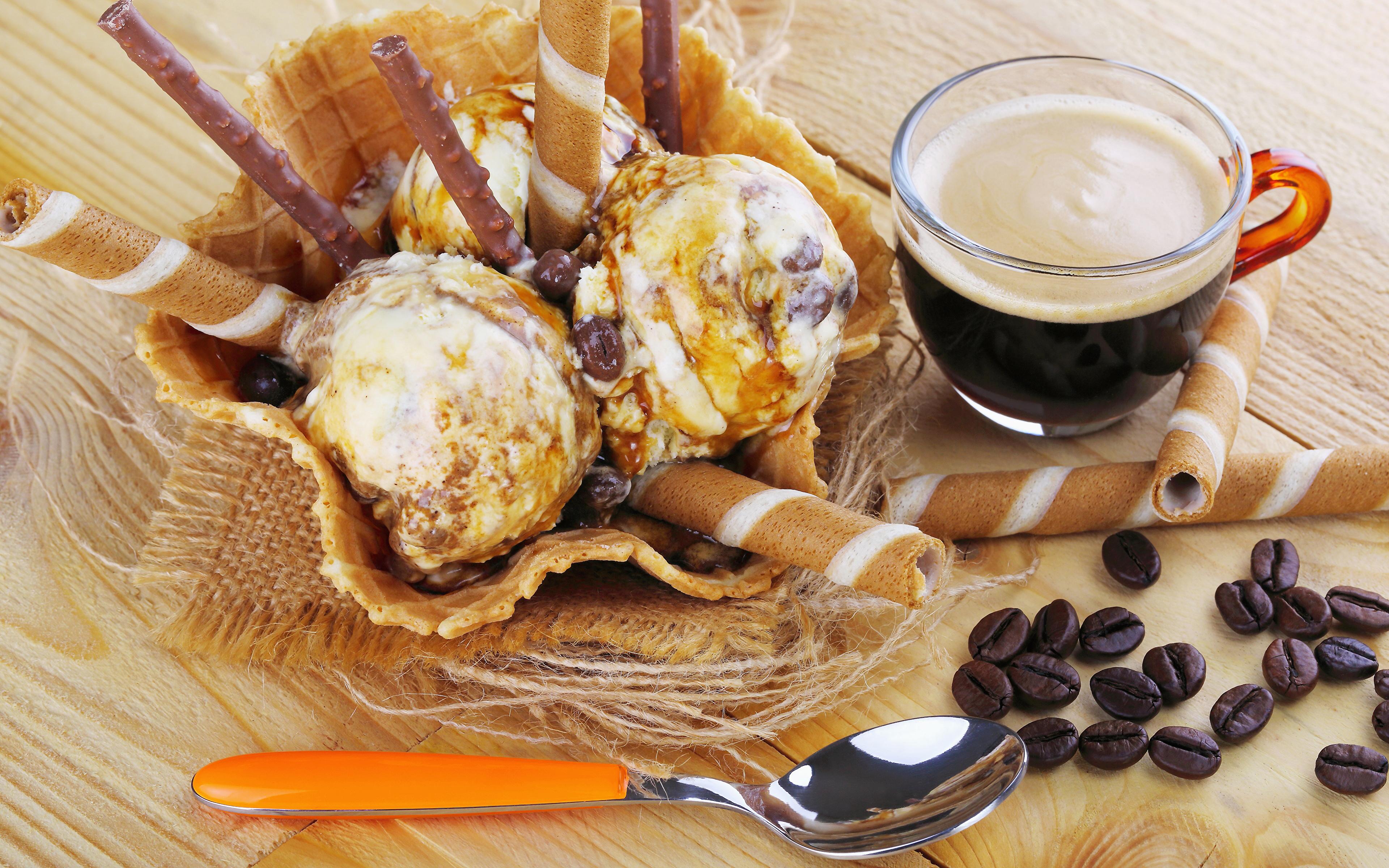 Обои для рабочего стола Кофе Мороженое зерно Еда ложки чашке сладкая еда Доски 3840x2400 Зерна Пища Ложка Чашка Продукты питания Сладости