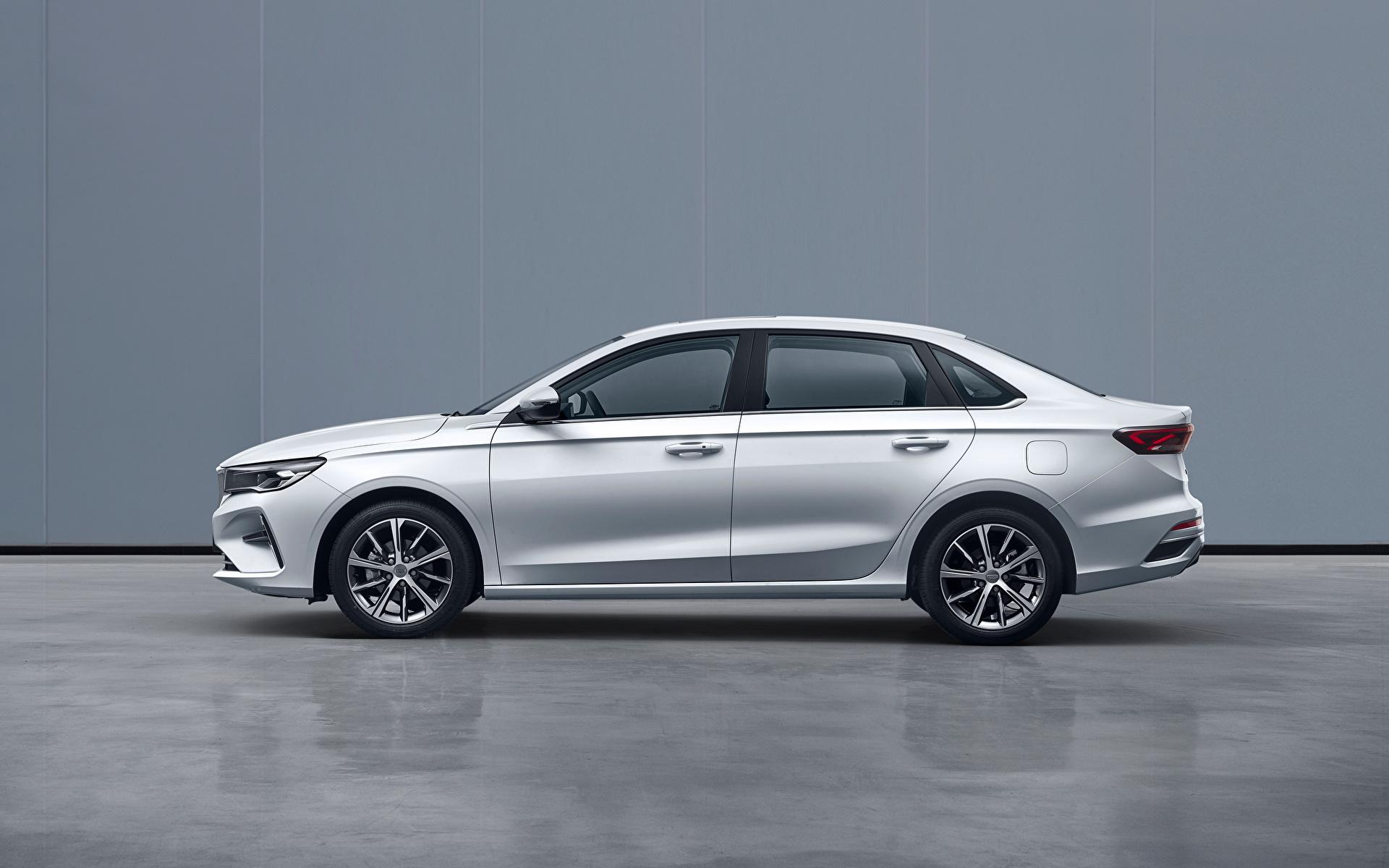 Фотографии Geely китайский Emgrand, 2021 белых Сбоку Металлик Автомобили 1920x1200 Китайские китайская белая белые Белый авто машины машина автомобиль