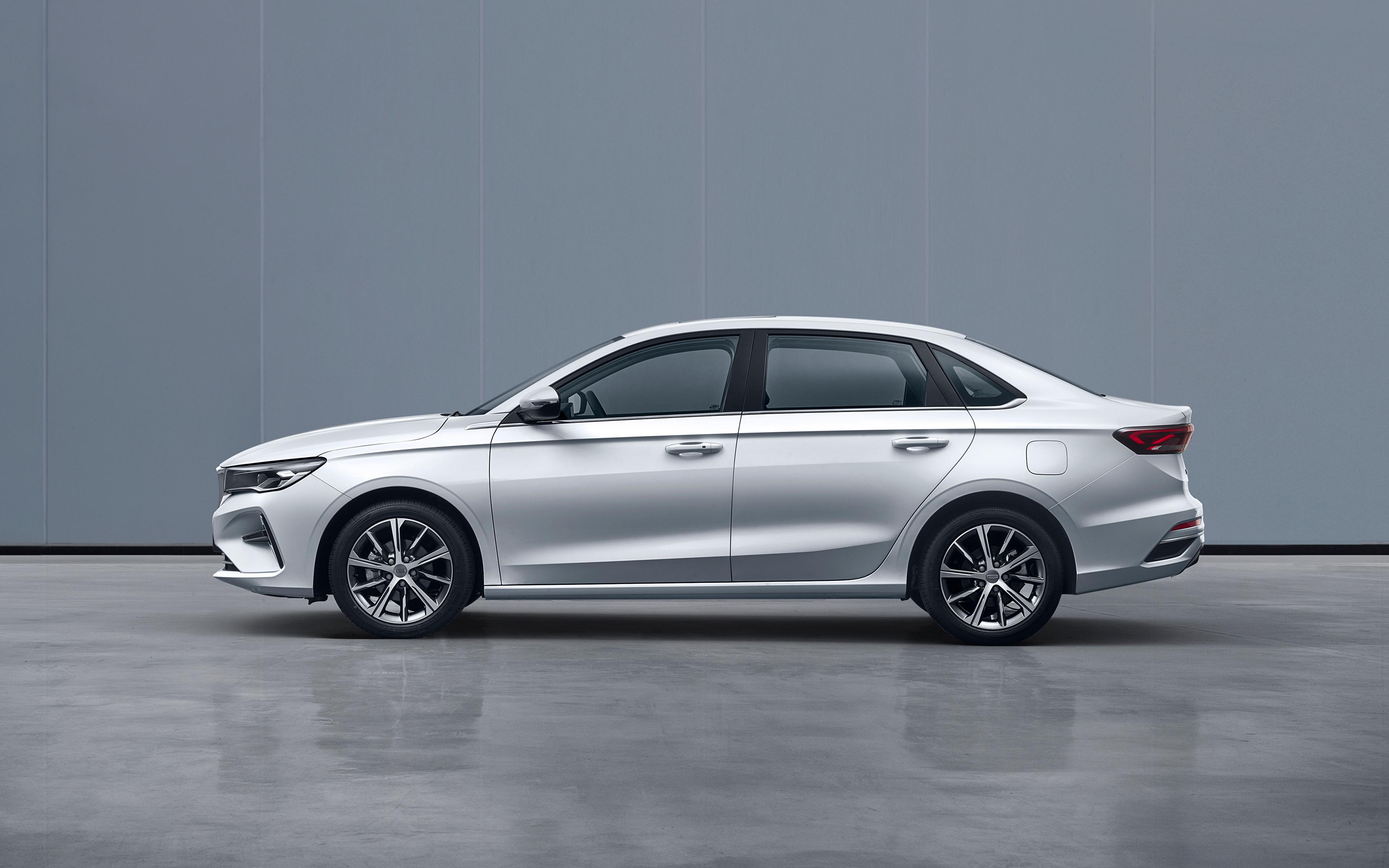 Фотографии Geely китайский Emgrand, 2021 белых Сбоку Металлик Автомобили 3840x2400 Китайские китайская белая белые Белый авто машины машина автомобиль