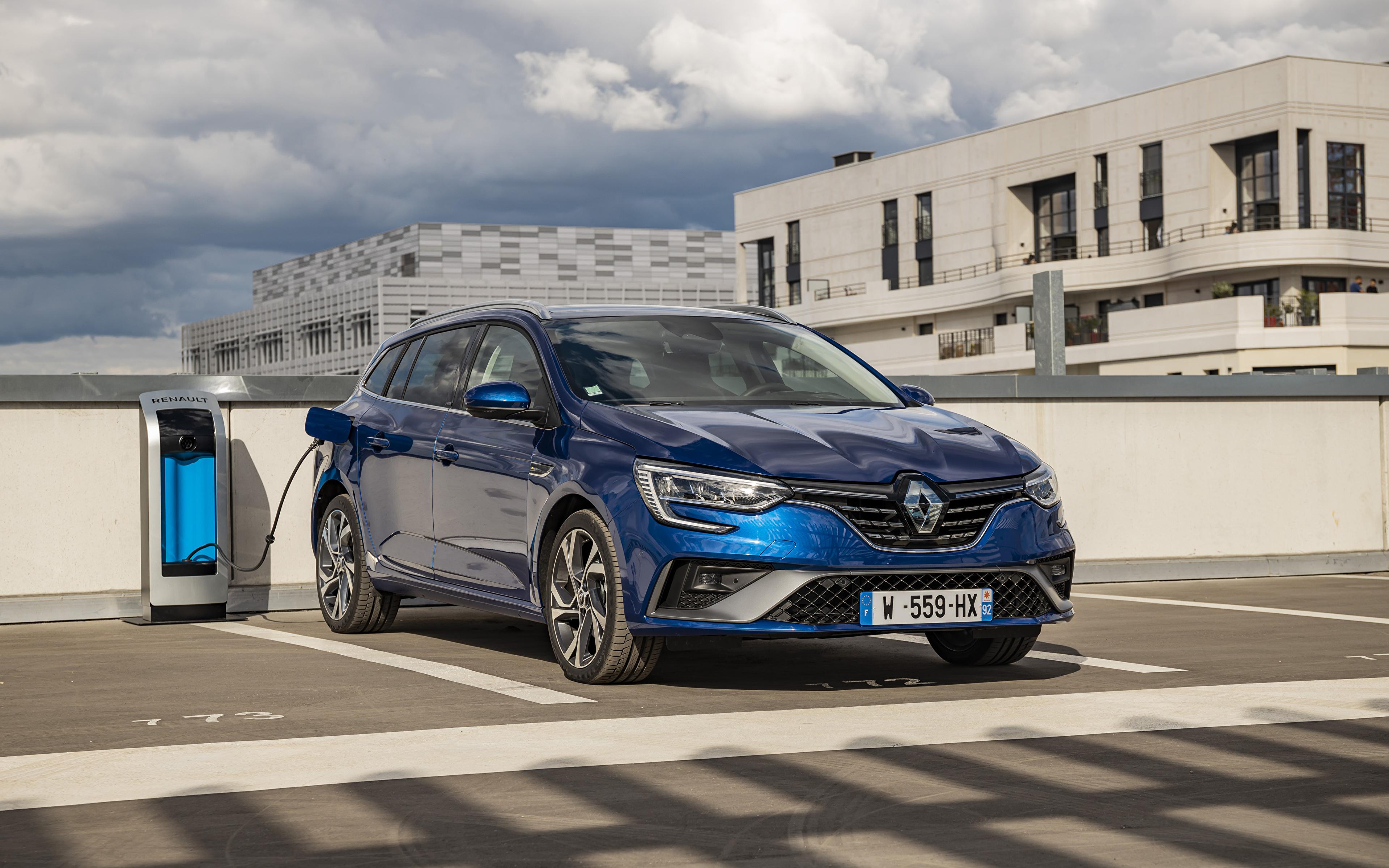 Картинки Renault 2020 Mégane E-TECH Plug-in Hybrid R.S. Line Estate Worldwide Парковка Гибридный автомобиль Синий машины Металлик 3840x2400 Рено паркинг стоянка парковке припаркованная синяя синие синих авто машина Автомобили автомобиль