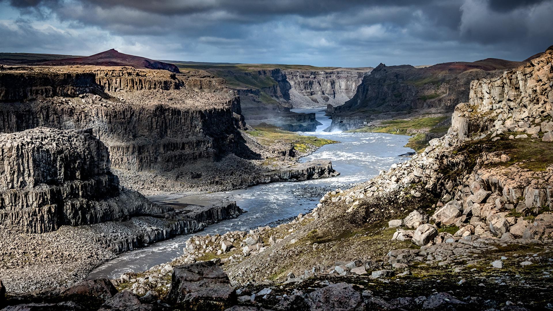 Картинки Исландия Jökulsárgljúfur Canyon Утес каньона Природа Реки Камни 1920x1080 Скала скале скалы Каньон каньоны река речка Камень
