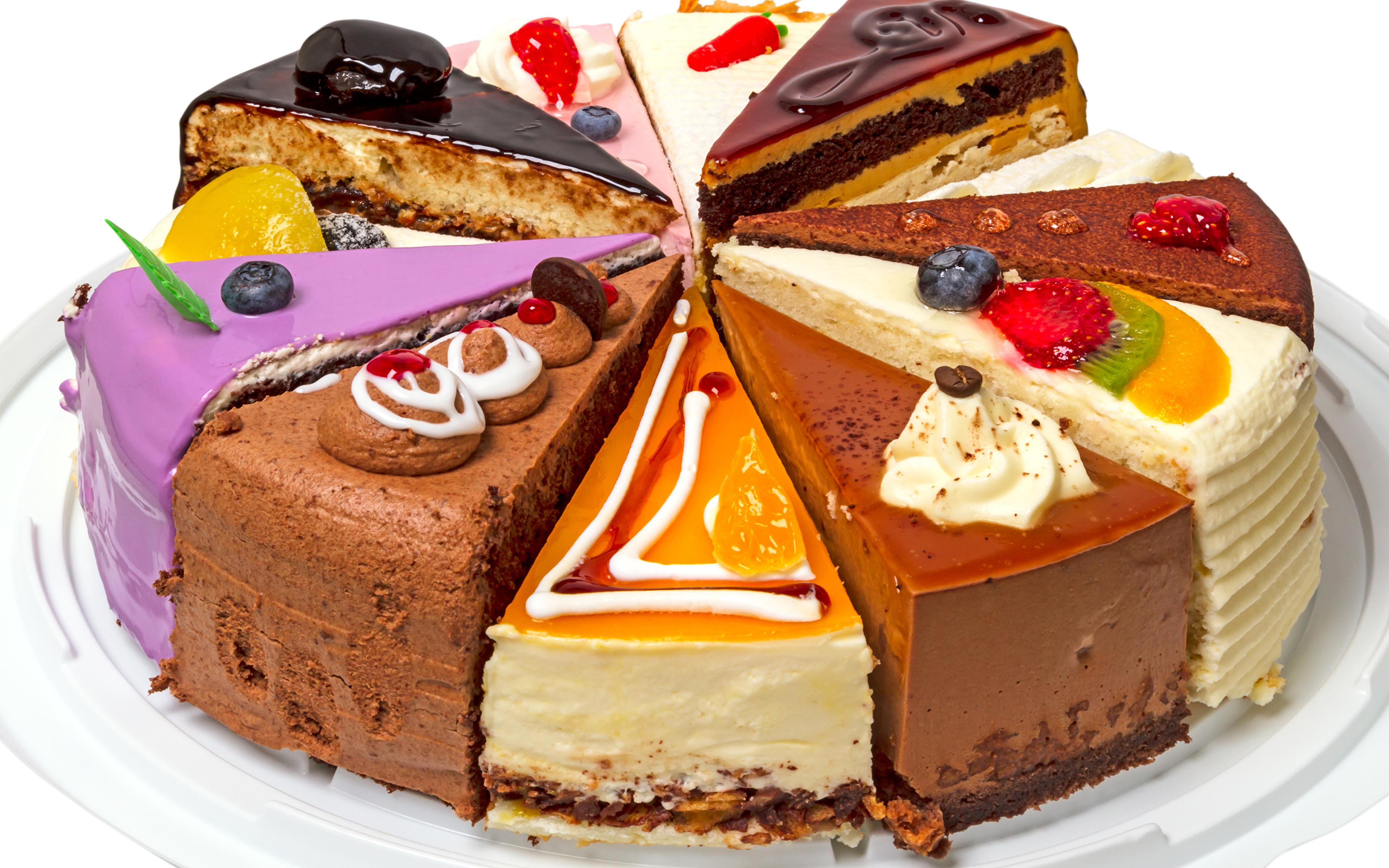 Фото Торты Кусок Ягоды Продукты питания Сладости Пирожное Белый фон 3840x2400 часть Еда Пища