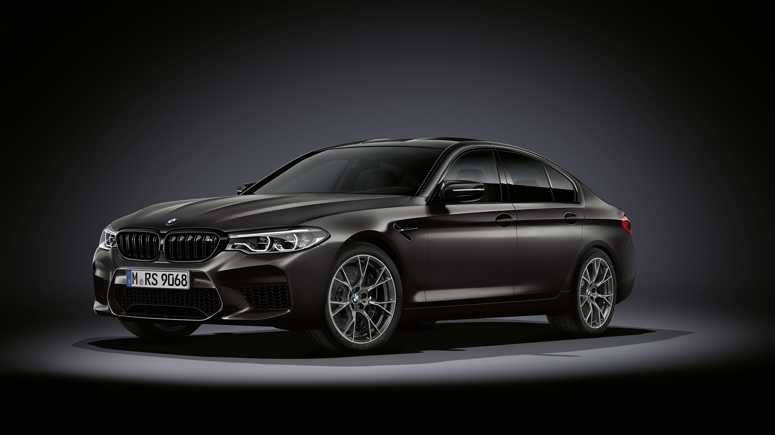 Фотография БМВ M5, F90, 2019, Edition 35 Years черная Автомобили 2560x1440 BMW Черный черные черных авто машины машина автомобиль