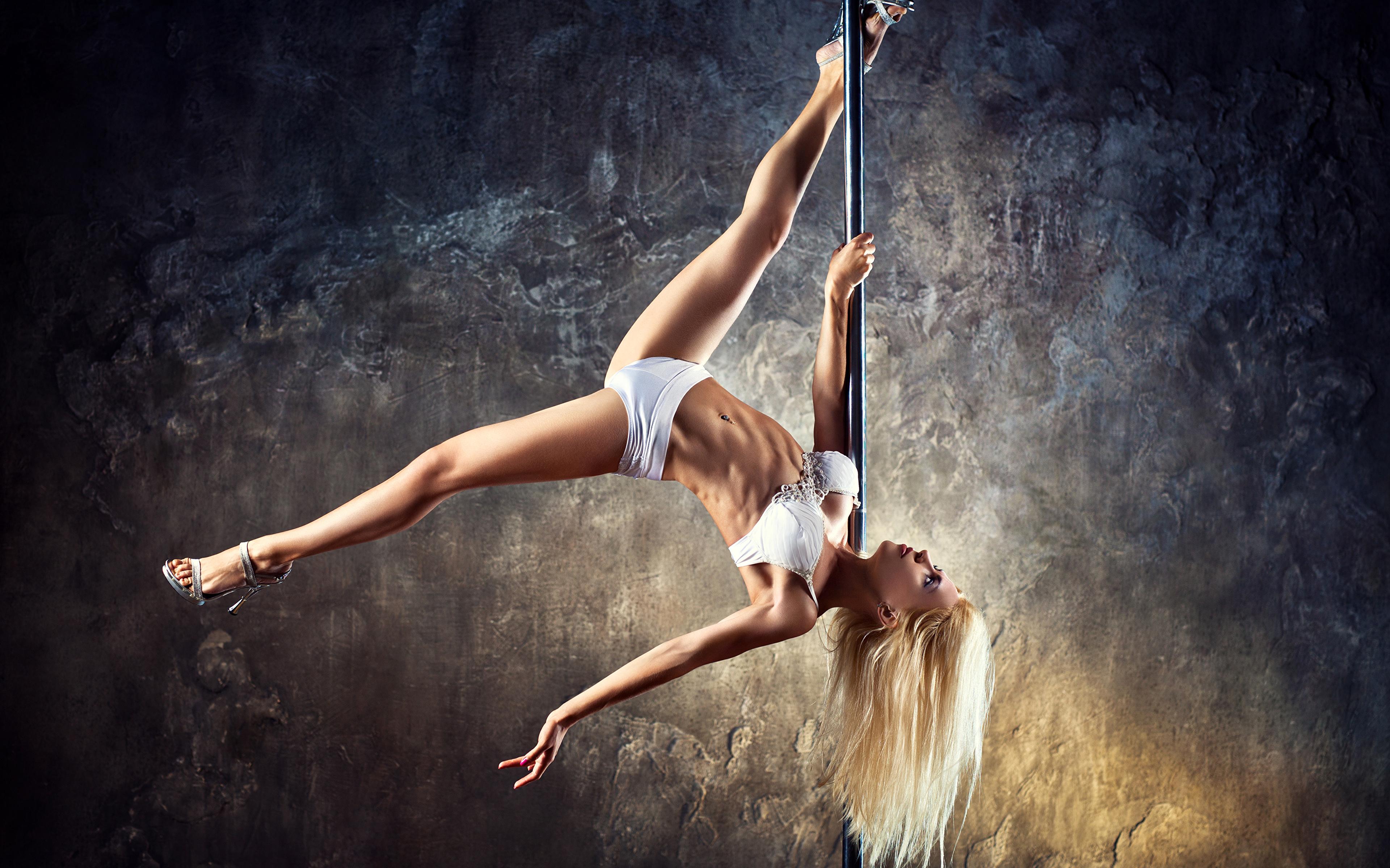 Супер голая гимнастика, Голые гимнастки: смотреть русское порно видео онлайн 22 фотография