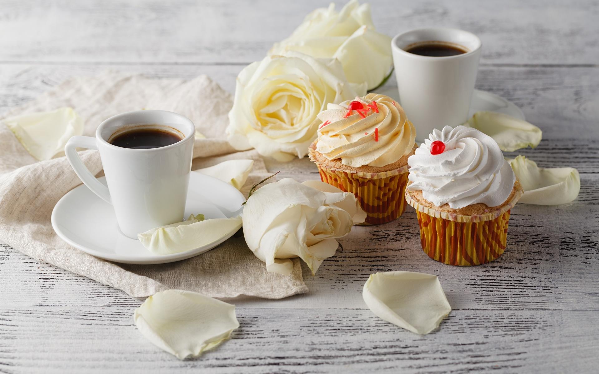 Фотографии Кофе Кекс Розы цветок Еда Кружка 1920x1200 роза Цветы Пища кружки кружке Продукты питания
