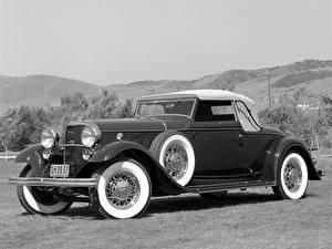 Фотографии Lincoln Родстер KB Convertible Roadster 1932 Автомобили