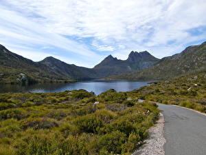 Картинка Гора Озеро Австралия Облака Cradle Dove Lake Тасмания  Природа