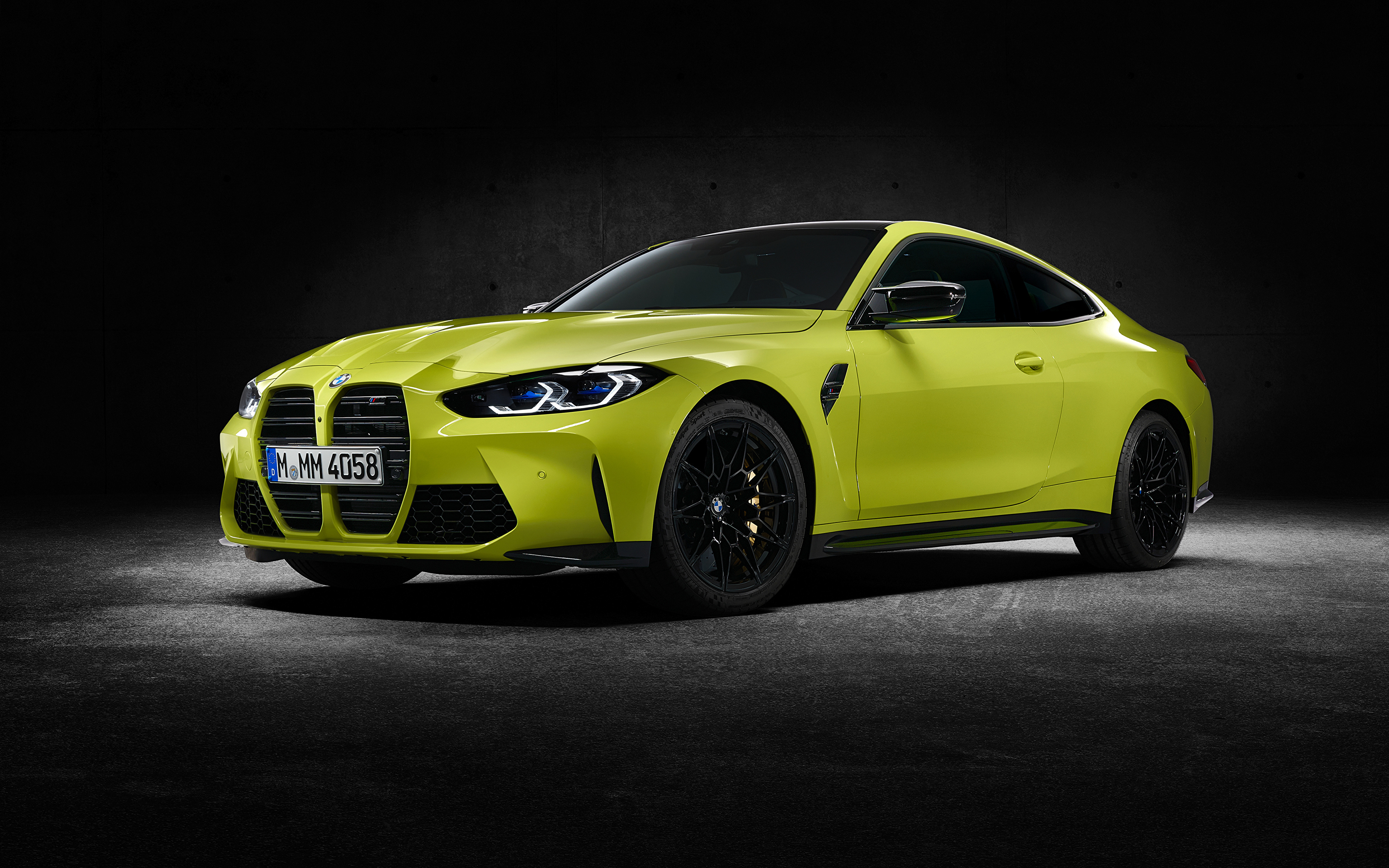 Обои для рабочего стола БМВ M4 Competition, (G82), 2020 Купе авто Металлик 3840x2400 BMW машина машины Автомобили автомобиль