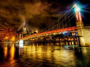 Фото Франция Мосты Небо HDRI Ночь Лучи света Lyon город