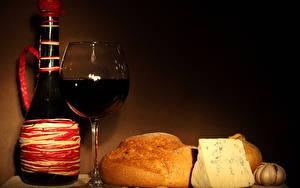 Фотография Натюрморт Вино Хлеб Сыры Бокал Продукты питания