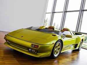Фотография Lamborghini Фары Спереди Салатовый Кабриолет Роскошные Родстер 1992 | Diablo Roadster Prototype Автомобили