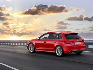 Обои Audi Рассветы и закаты Небо Дороги Красный Облака Асфальт 2013 A3 Sportback Автомобили