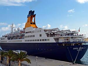 Обои Корабль Круизный лайнер Пристань Saga Pearl II