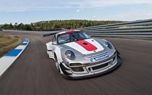 Фотографии Porsche Спереди 2013 911 ( 997 ) GT3 R авто