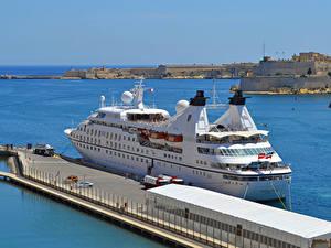Обои Корабль Круизный лайнер Пристань Seabourn Legend