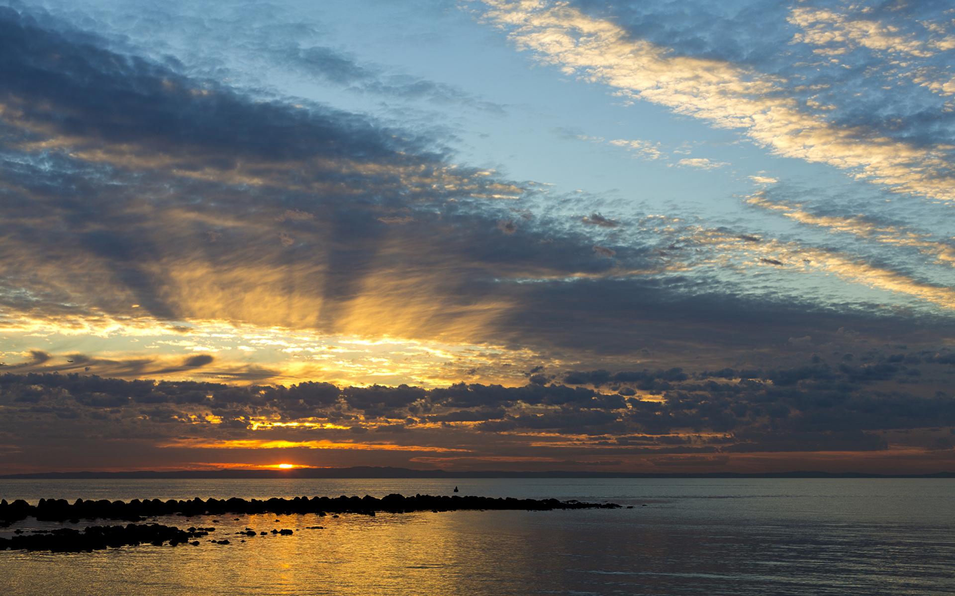 Фото Австралия Queensland Море Природа Небо Рассветы и закаты Облака 1920x1200