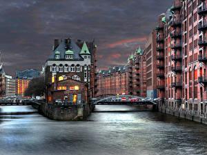Картинки Германия Дома Реки Мост Гамбург Ночь Города