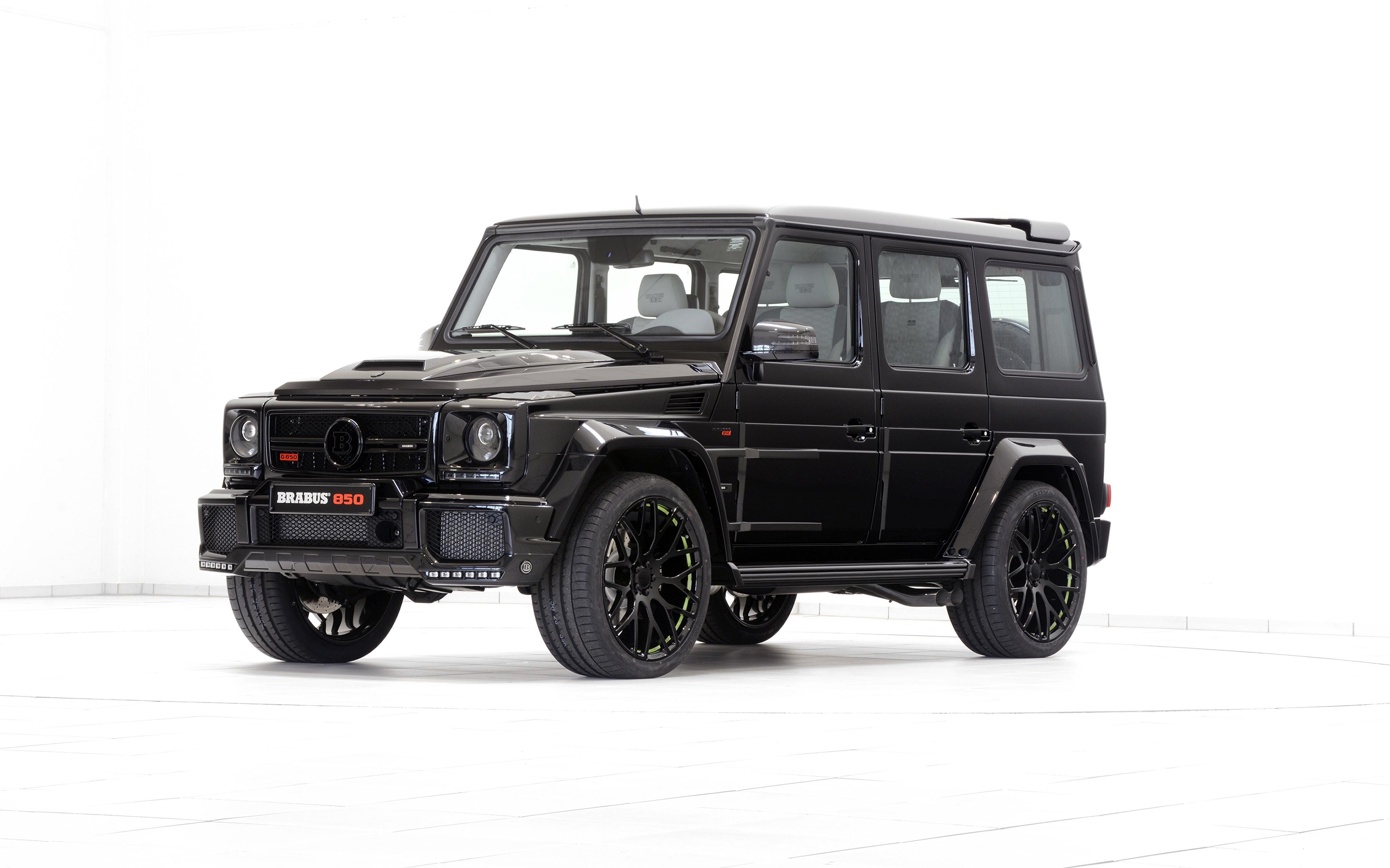 Фотография Mercedes-Benz G-класс W463 черных Автомобили 3840x2400 Мерседес бенц Гелентваген Черный черные черная авто машина машины автомобиль