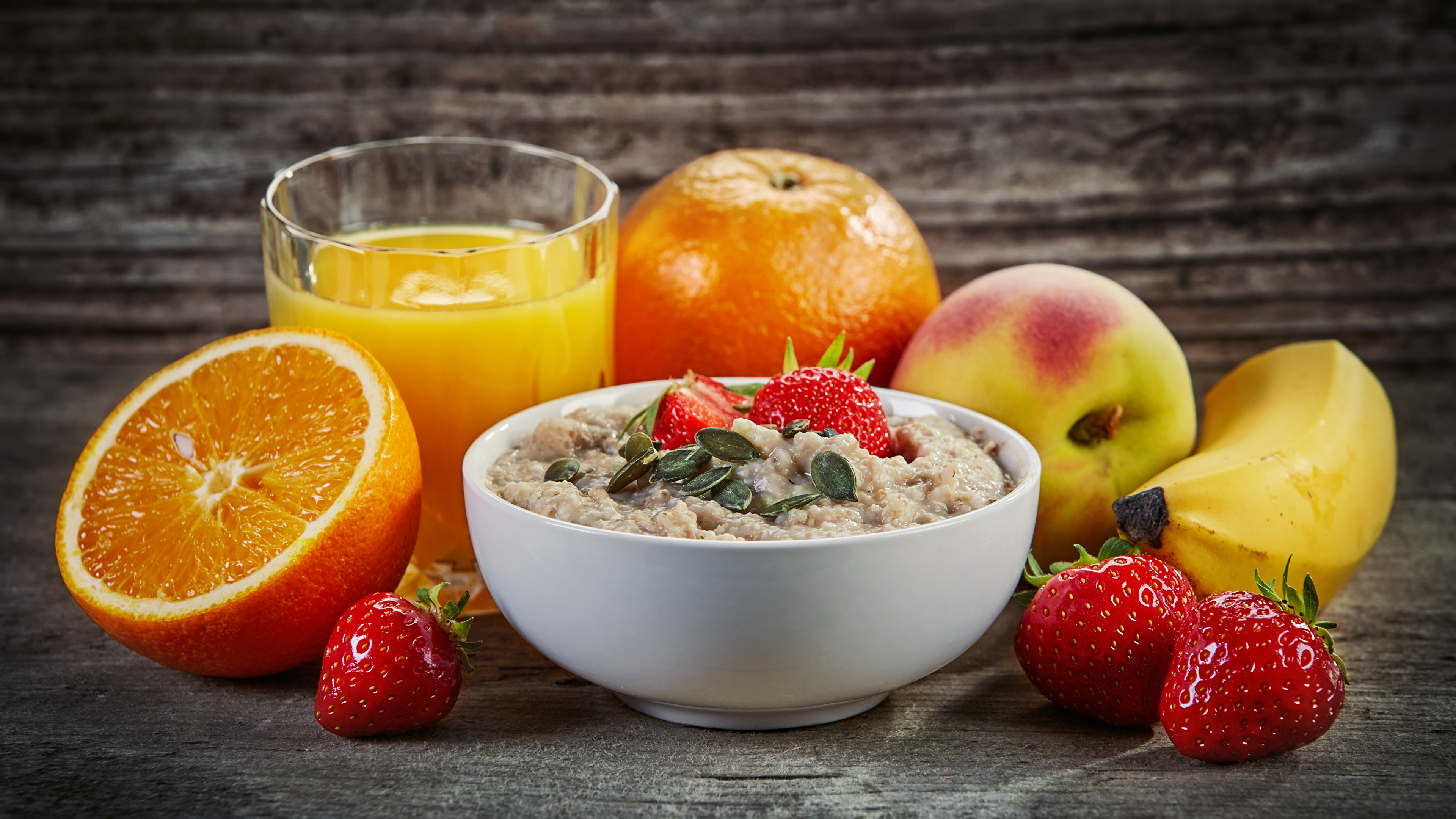 Натюрморт фрукты и соки без смс