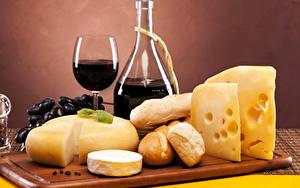 Картинка Сыры Напитки Вино Хлеб Бокалы Пища