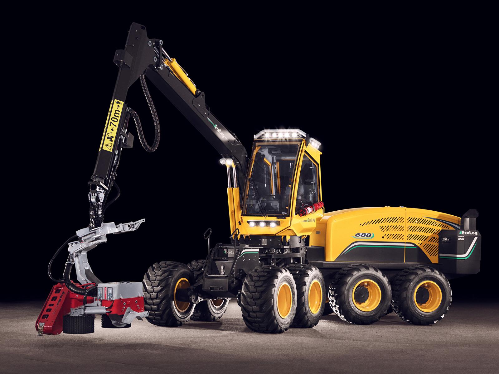 Фотография Форвардер 2017-18 Eco Log 688E Черный фон 1600x1200 на черном фоне